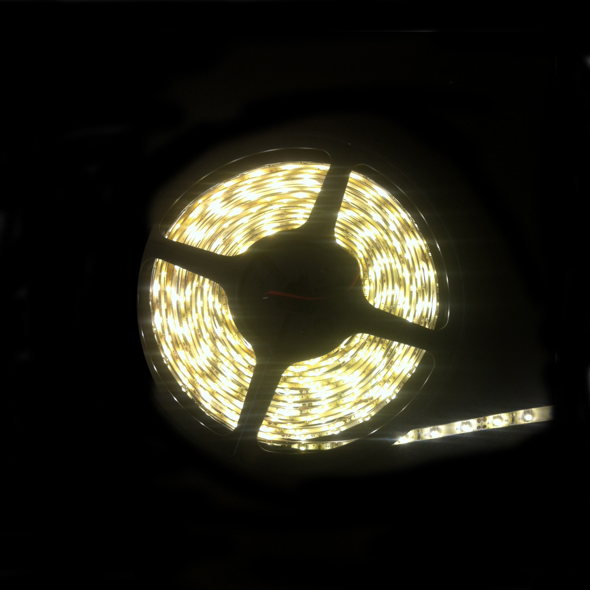 3528 ip65 rated led strip light in warm white 48w per meter led led ip65 strip light 5m warm white 3528 ledip65ww3528 aloadofball Choice Image